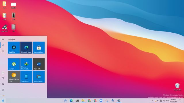 16. All-New Light Theme Best Windows 10 Features