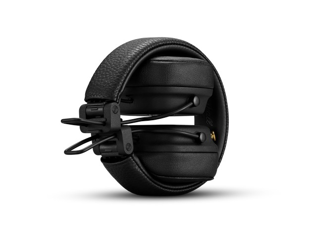 Marshall headphones wireless charging 1
