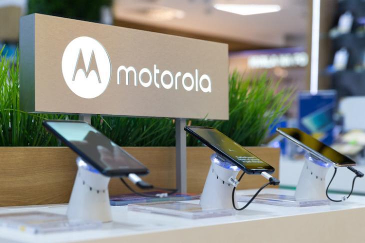 Motorola-shutterstock-website