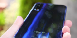 huawei looking to sell honor smartphone business