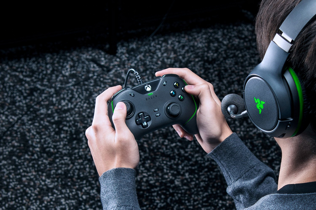 Razer 'Wolverine V2' Wired Controller for Xbox Series X S Launched at $99.99