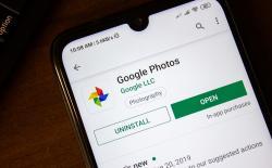 Google Photos Now Lets You Set Memories as a Live Wallpaper