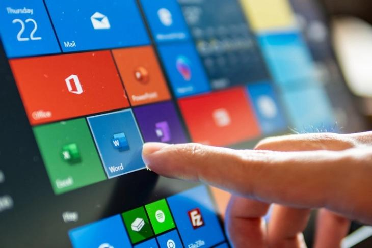 How to Restore Missing Features in Windows 10