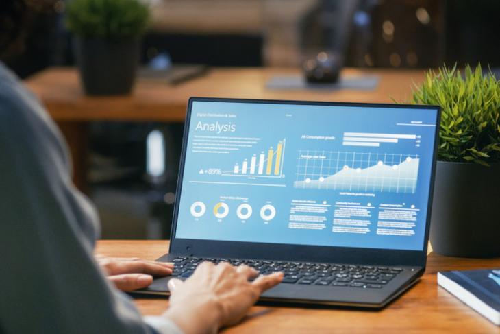 Laptop shutterstock website