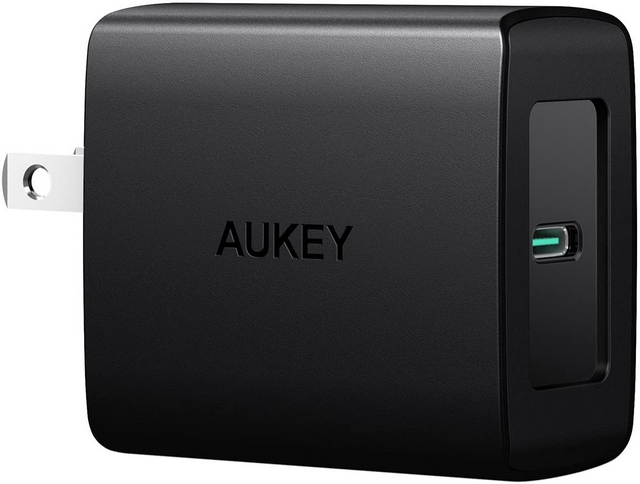 Aukey 27W PD Fast Charger for Samsung Galaxy S21
