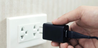 Best Fast Chargers (Power Adapters) for Galaxy S21 Plus