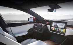 Tesla Model S can run Cyberpunk
