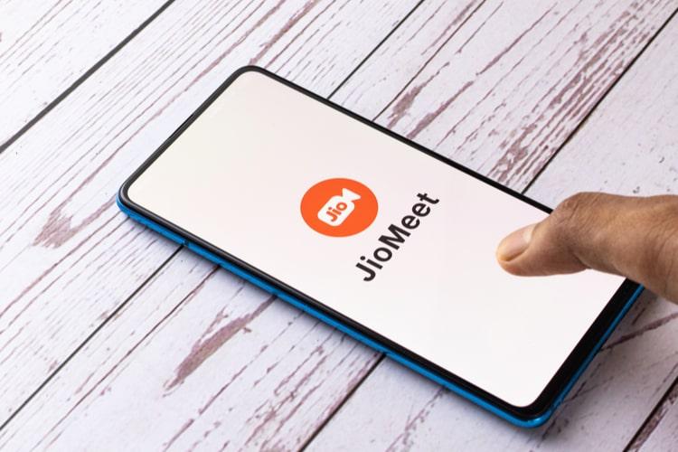 Jiomeet announced new features