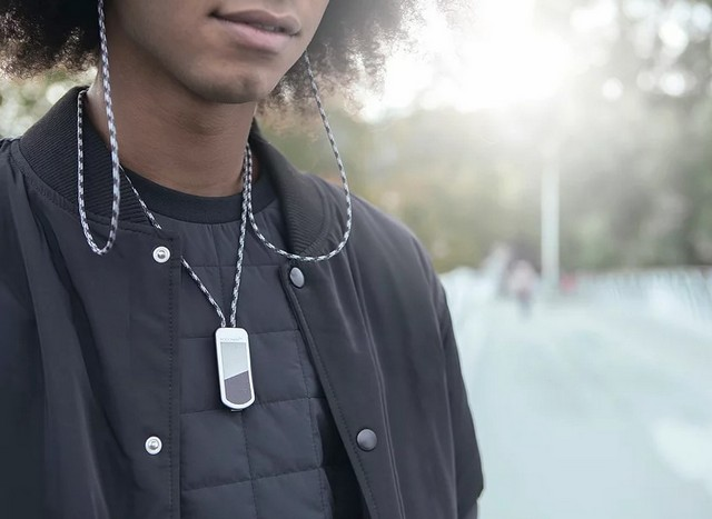 Podchain pro wearable airpods charger