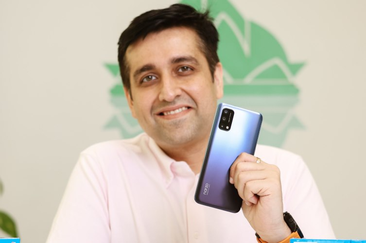 realme narzo 30 pro - first look