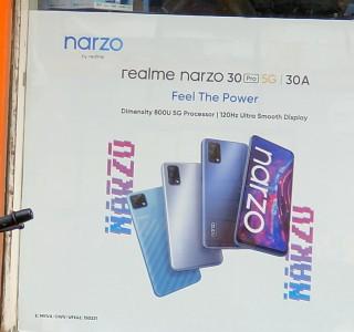 realme narzo 30 pro leaked poster
