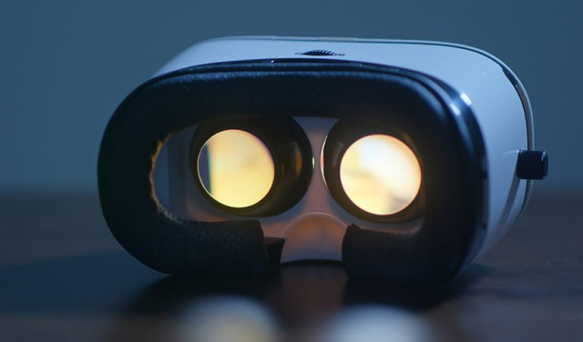 Apple VR headset display