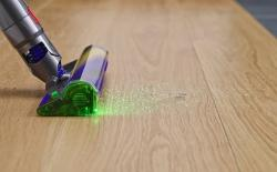 Dyson v15 detect vacuum with laser