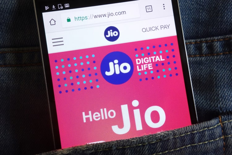 Reliance Jio to Launch a 5G Smartphone, 4G JioBook in the Second Half of 2021: Report