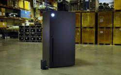 Microsoft Xbox Series X mini fridge
