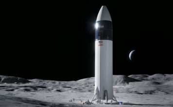 NASA Picks SpaceX to Send Astronauts to the Moon