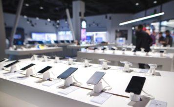 Smartphone shipments grew 25% yoy