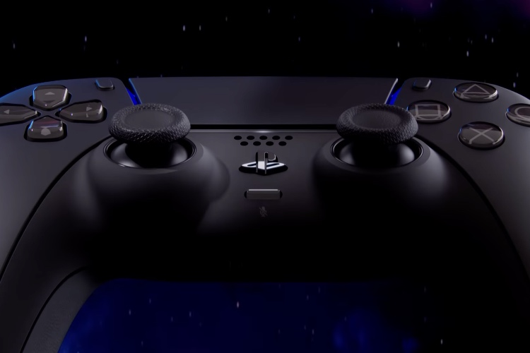 Sony Finally Has Matte Black and Cosmic Red DualSense Controllers