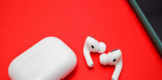 Left or Right AirPods not Working? 8 Tips to Fix One AirPod Not Working Issue!