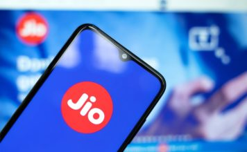 Jio Retains Top Spot for 4G Download Speed in India