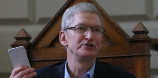 tim-cook-says-apple-plans-to-make-iphone-using-only-recycled-materials