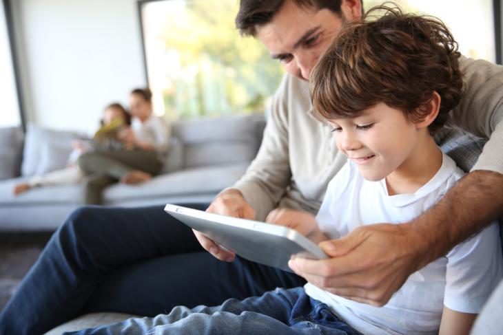 Alexa-Latest-Feature-Helps-Kids-Improve-Their-Reading-Skills