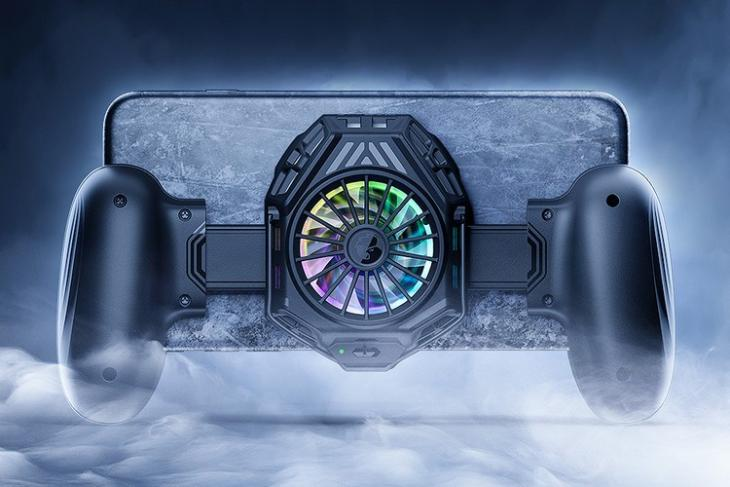 The GameSir F8 Snowgon Is a Mobile Grip with Built-In Cooling