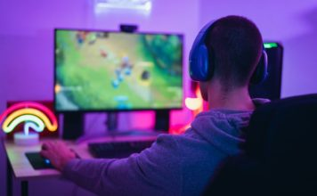 YouTube Adds New Clips, Live Polls Features To Help Gamers Improve Their Live Streams