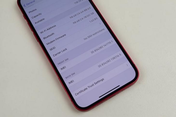 YouTuber Adds Dual Nano-SIM Support to iPhone 12
