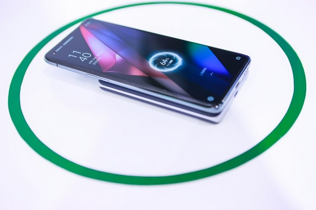 Following Realme, Oppo Unveils MagSafe-like MagVOOC Magnetic Wireless Charging Technology