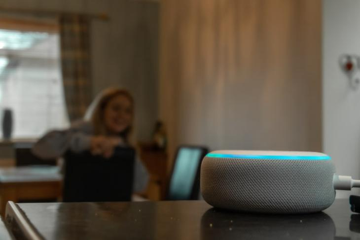 Alexa Will Now Automatically Increase Its Volume in Loud Environments