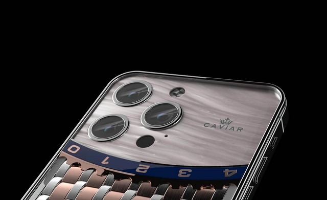 Check out Caviar's New Rs 22 Lakhs iPhone 13 Pro Max - Caviar iPhone 13 Pro Max costs over 22 lakhs