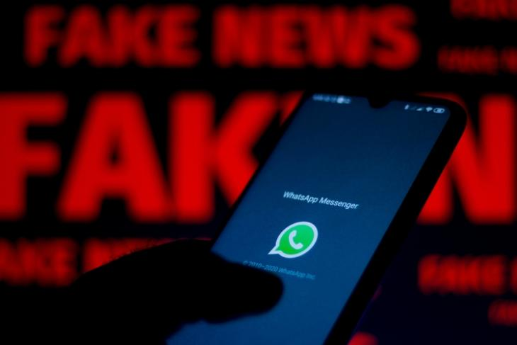 How to Report Messages on WhatsApp