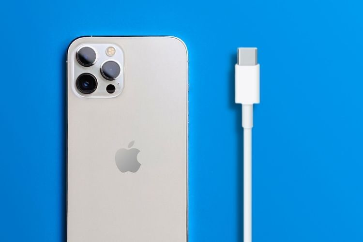 Your Next iPhone Might Have a USB-C Port, Thanks to EU's New Proposal