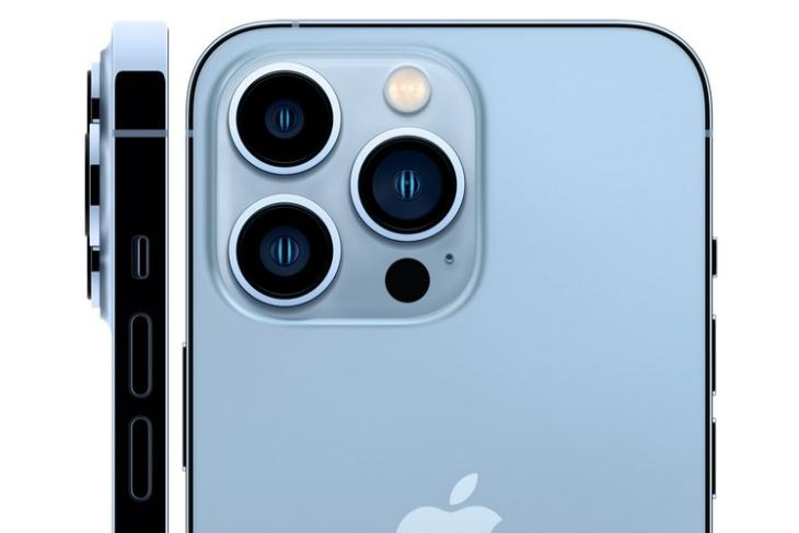 iPhone 13 series outselling iPhone 12 series