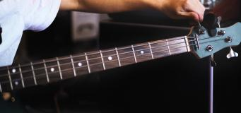 Google Search Now Has a Guitar Tuner; Here's How to Access It